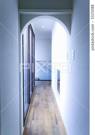 Corridor 5325088