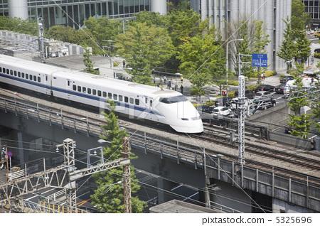 Bullet train 5325696