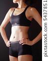 腹部訓練女性黑背 5437851