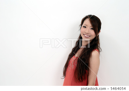 young woman 5464054