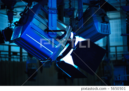 Television light 5650501