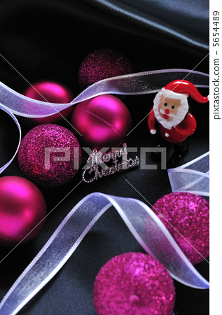 Christmas decorations with Santa Claus 5654489