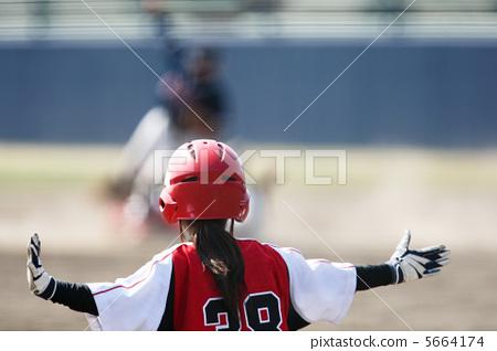 Women's baseball 5664174