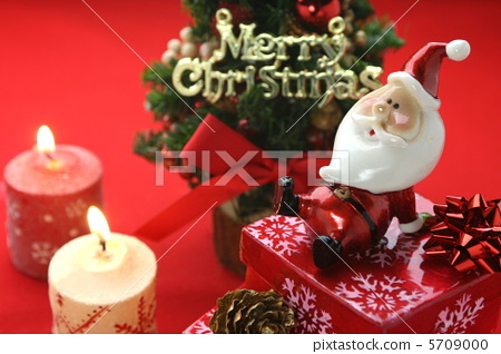 Christmas Imagery.Christmas Image Santa And Candle Stock Photo 5709000 Pixta