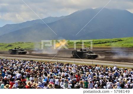 10 type tank · Slalom shooting 5798149