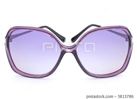Stylish female sunglasses 5813786