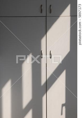 Light and shadows 5897173