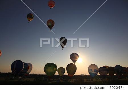 Balloon morning 5920474
