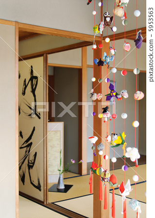 Japanese Style and Decoration 5953563