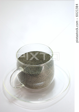 Coffee cup with sand 6021384