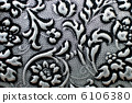 Floral pattern wallpaper 6106380