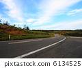 天空和道路 6134525