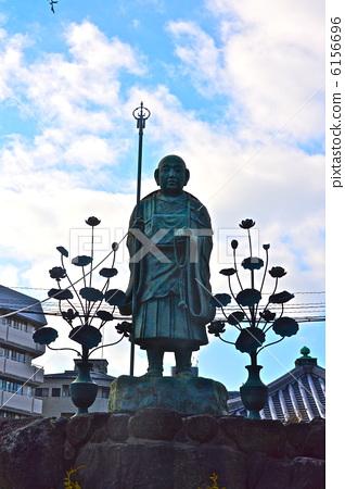 The statue of Kukai (Shitennoji / Osaka-shi Tennoji ward) 6156696