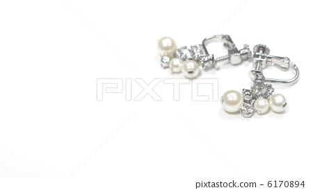 Earrings 6170894