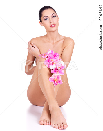 Beautiful young naked woman with perfect body 6308849