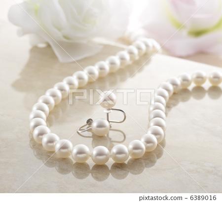 Pearl 2 6389016