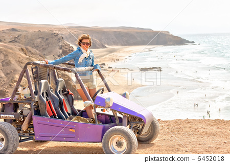 Young woman on buggy 6452018