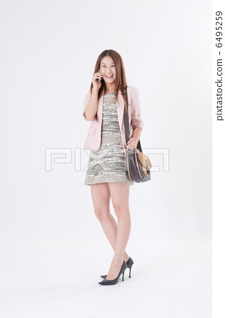 전화 미소 여성 6495259
