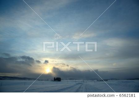 눈길과 하늘 6562181