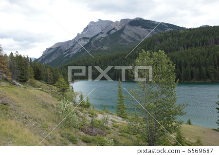 Canadian Rocky Mountain Parks 6569687