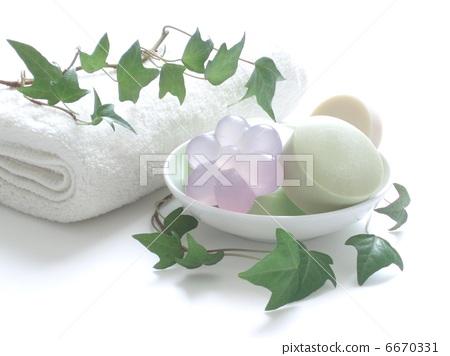 soap 6670331