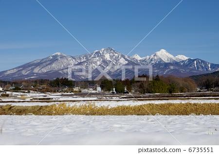 Yatsugatake mountain in winter 6735551