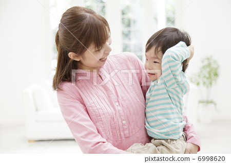 일본인 어머니와 아들 6998620