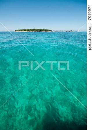 Green Island 7059974