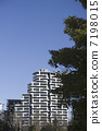 High rise apartment 7198015