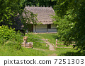 Old Traditional Wooden House 7251303