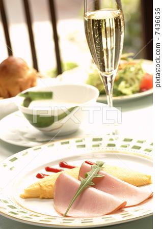breakfast 7436056