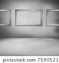 Creative retro background. Inside an empty grunge room with blan 7590521