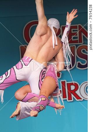 Circus · acrobatics 7654238