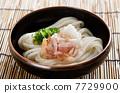 Bukkake noodles 7729900