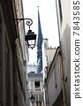 巴黎圣母院 7843585