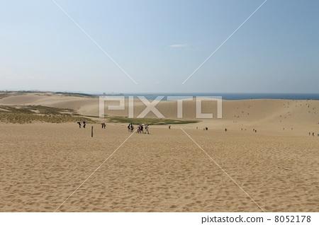 Tottori sand dunes 8052178