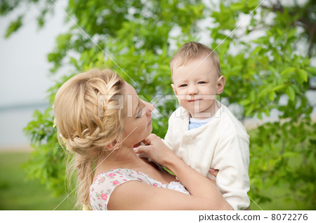 Mother and son 8072276