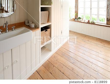 Washroom 8118899