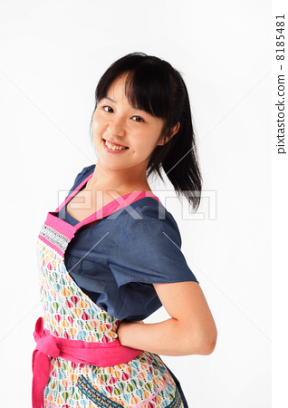 A woman in the shape of an apron 8185481