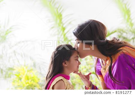 female, woman, women 8191277