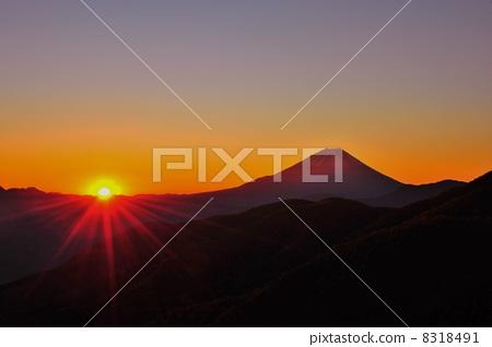 Sunrise and Mt. Fuji 8318491