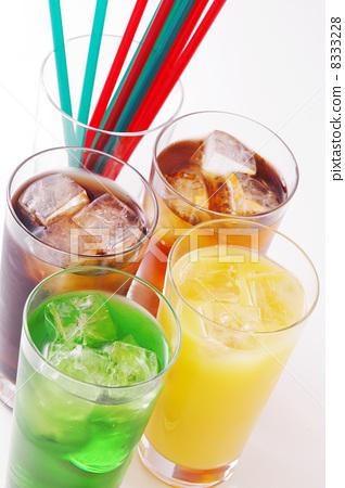 Soft drink 8333228
