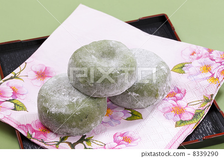 Japanese sweets · Daifuku · wormwood mochi 8339290