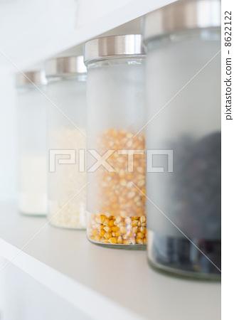 glass jars with grain 8622122