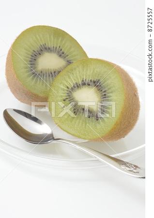 Kiwi fruit 8725557