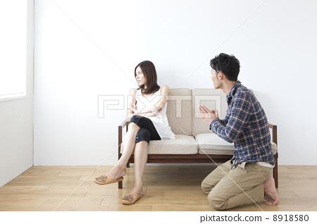 여성에게 사과 남성 8918580