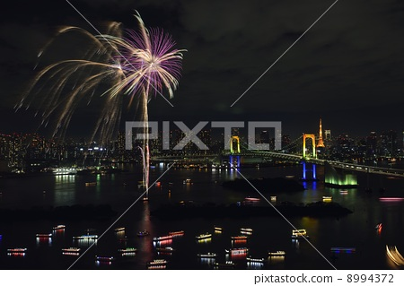 [Tokyo] Fireworks and night view of Odaiba 8994372