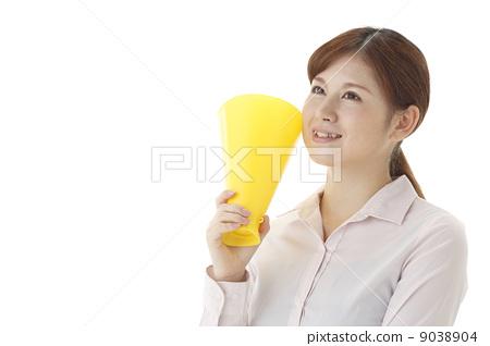 Women with megaphone 9038904