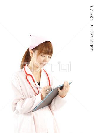 Carte and nurse image 9076210
