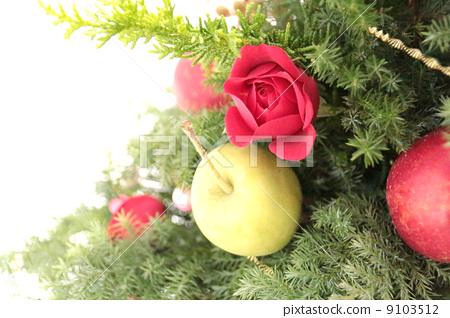 Christmas Tree Christmas Flower Arrangement Stock Photo 9103512 Pixta